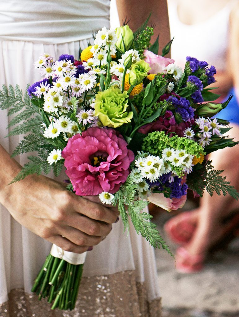 Costa Rica Wedding Bouquet / Planner Mil Besos / Photo Matteo Ferrari / Florist Stylos y Flores