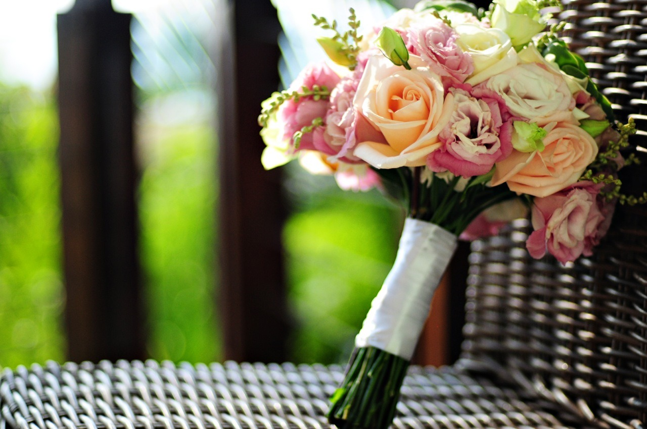 Costa Rica Bridal Bouquet Planner: Our Costa Rica Wedding / Photo: El Velo Photography