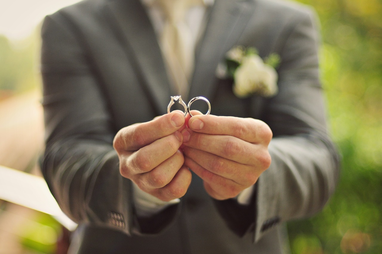 Costa Rica Bridal Wedding Rings: Our Costa Rica Wedding / Photo: El Velo Photography