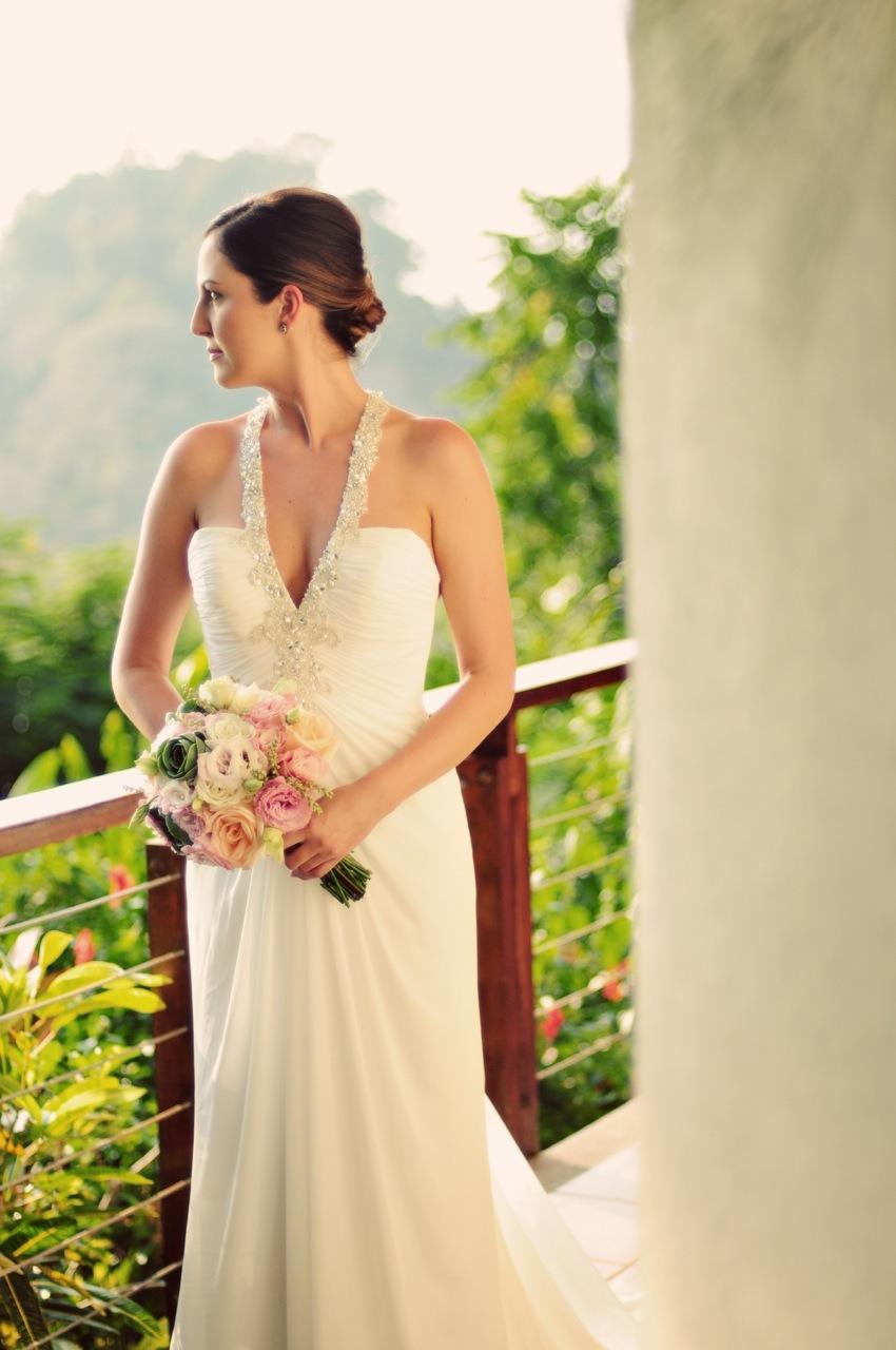 Costa Rica Beach Wedding Planner: Our Costa Rica Wedding / Photo: El Velo Photography